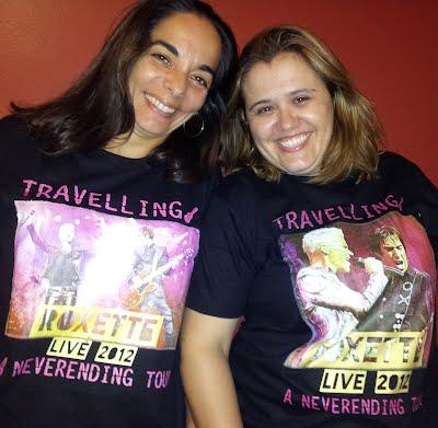 Cláudia e a amiga Karina, que escreveu esta bela mensagem.